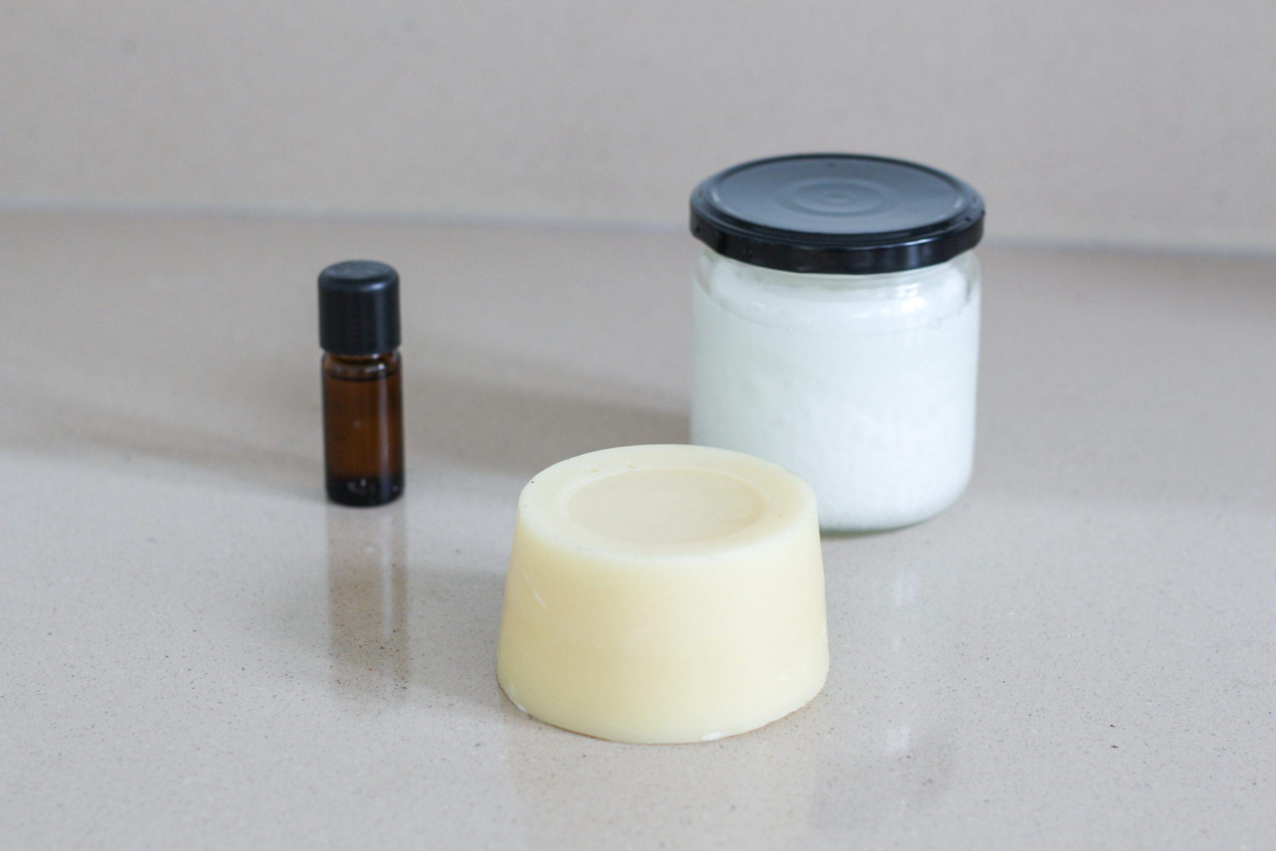 easy DIY lip balm ingredients