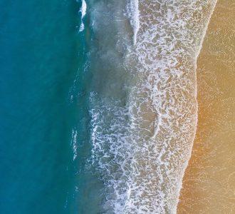beach-2562563_1920