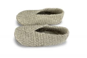 Plastic free and sustainable slippers
