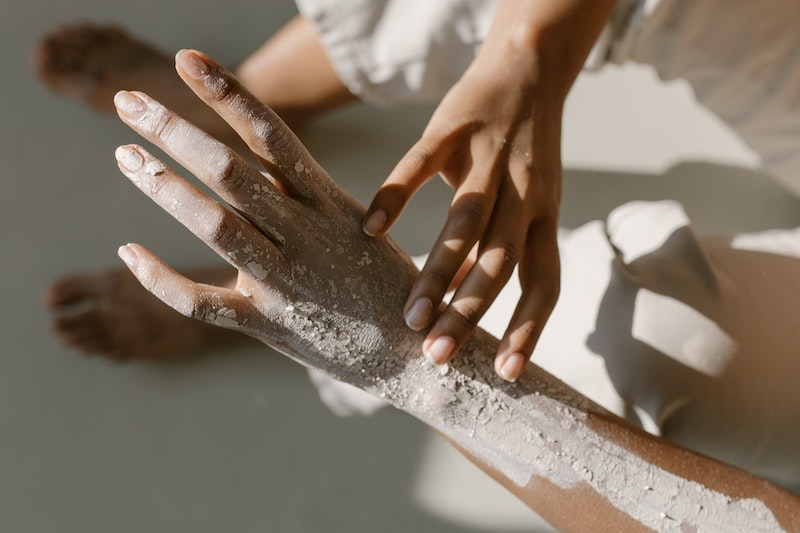 How to Make Sugar Scrub for Hands: Four Ways